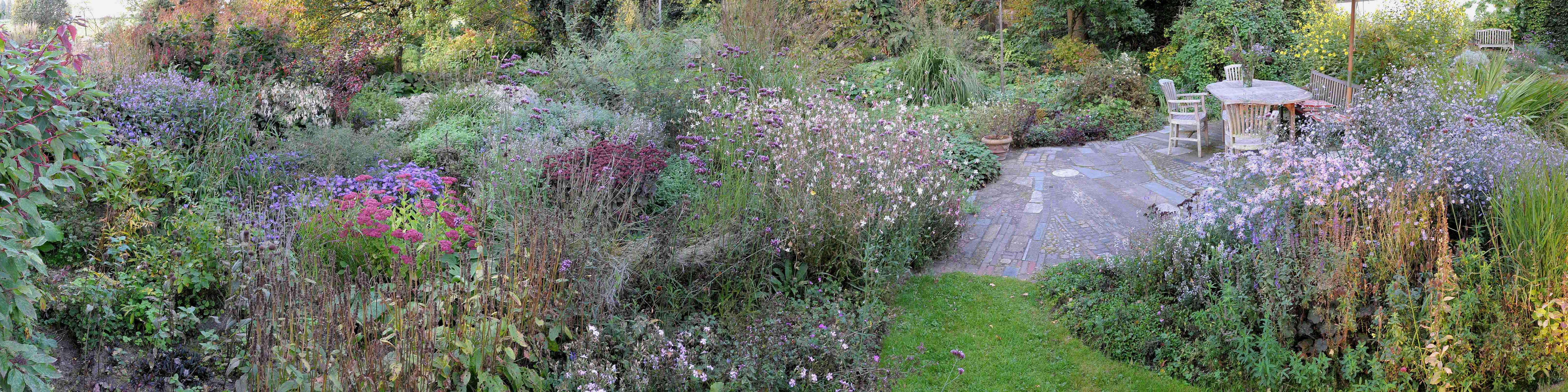 Garten garten gr ne der garten in den for Garten 4 jahreszeiten